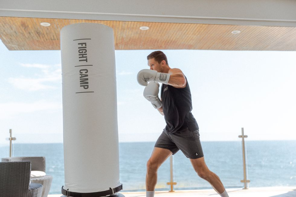 <p>This Home Boxing Workout Is Actually Fight-Ready thumbnail