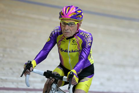 Here's How Cycling Can Slow Down the Aging Process