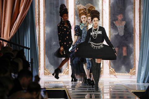 Moschino - Details - Milan Fashion Week Fall/Winter 2020-2021