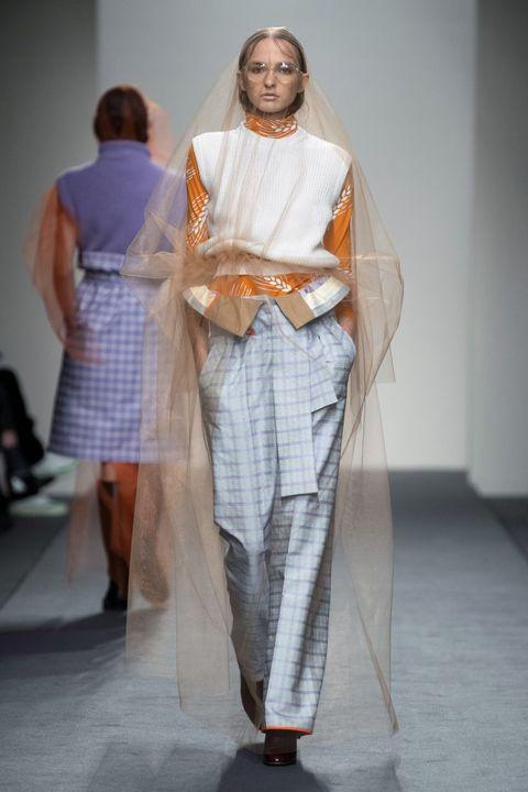 Fashion, Clothing, Runway, Fashion design, Fashion model, Fashion show, Haute couture, Dress, Event, Textile,