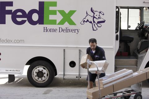 a fedex delivery man