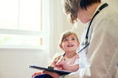preparar al niño para ir al médico