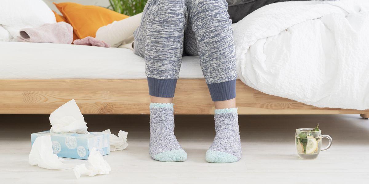 10 COVID-19 Breakthrough Symptoms You Shouldn't Ignore, According to Doctors