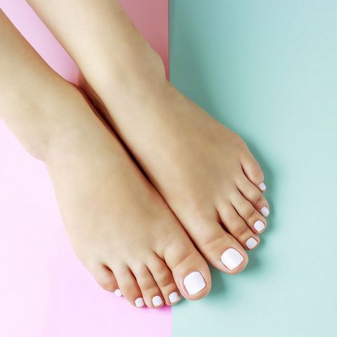 the causes, symptoms and best treatments for fungal nail infections