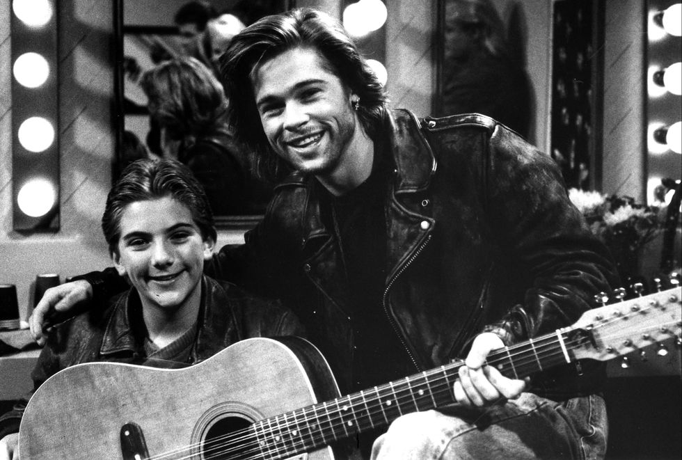 1989: Growing Pains In February 1989, Pitt guest starred on season 4 of Growing Pains as Ben's favorite ( albeit rude ) rockstar. A season earlier, he guest starred as Carol's crush , Jeff.