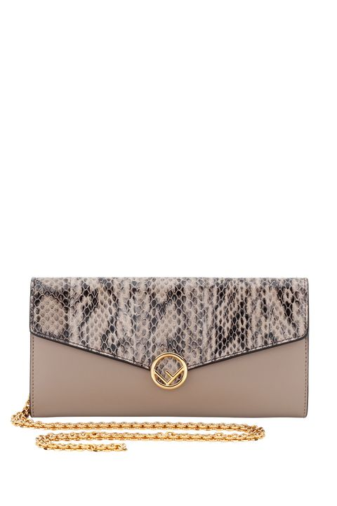 Bag, Handbag, Fashion accessory, Beige, Wallet, Leather, Shoulder bag, Chain, Rectangle, Silver,
