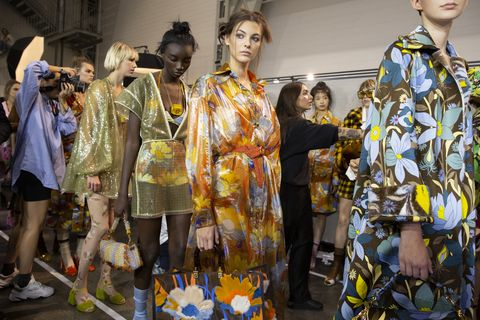 Fashion, Yellow, Fashion design, Event, Spring, Costume, Haute couture, Fashion show, Art, Kimono,