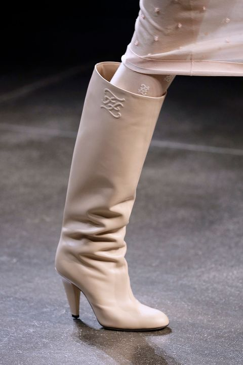 fendi fall 2021 runway shoes