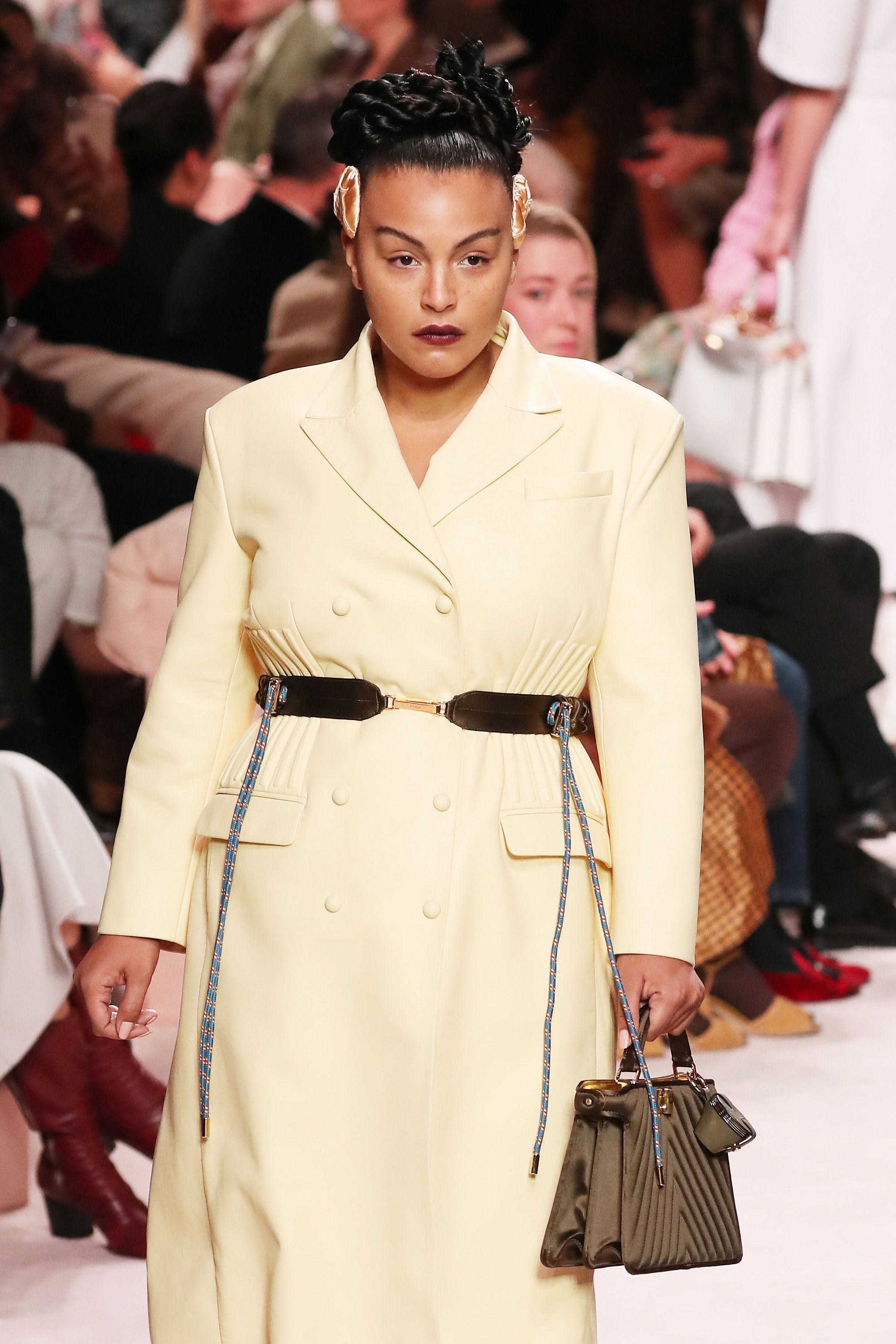 Fendi Fall 2020 Runway Features Plus Size Models Paloma Elsesser And Jill Kortleve