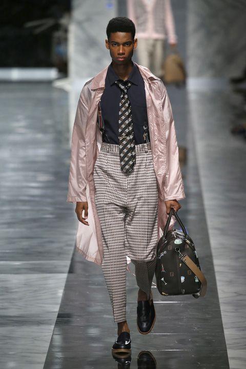 Vestir de rosa hombres