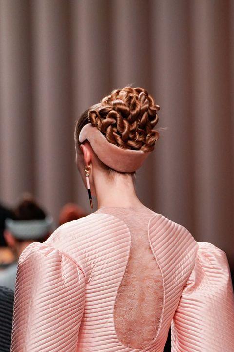 Fendi haarband uit de Herfst/Winter 2020 collectie.