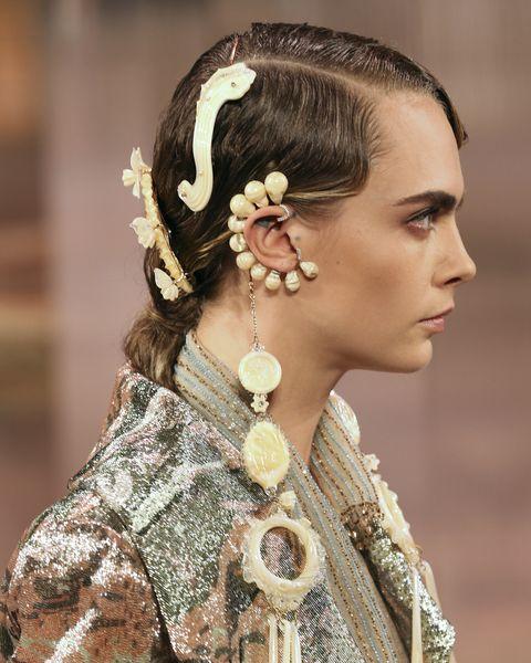 fendi couture ss21 hair