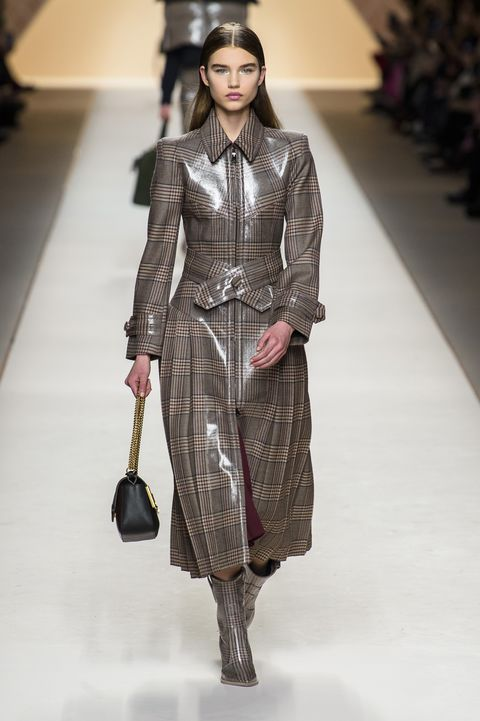 06bfa4ab2f5 Looks From Fendi Fall 2018 MYFW Show – Fendi Runway at Milan Fashion ...
