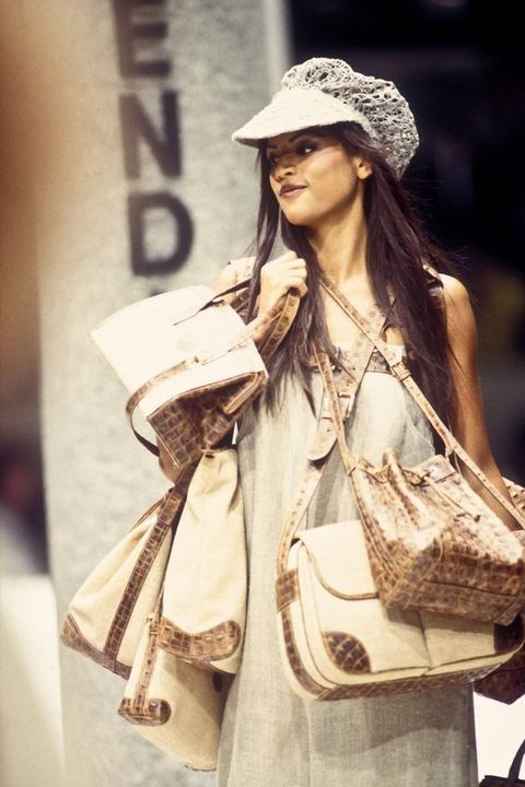 Clothing, Fashion model, Street fashion, Fashion, Beauty, Fashion design, Shoulder, Outerwear, Headgear, Model,