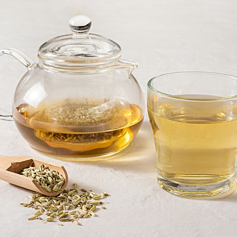 fennel seeds with fennel tea