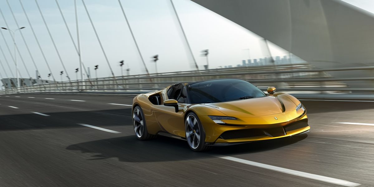 Take a Look at the Ferrari SF90 Spider