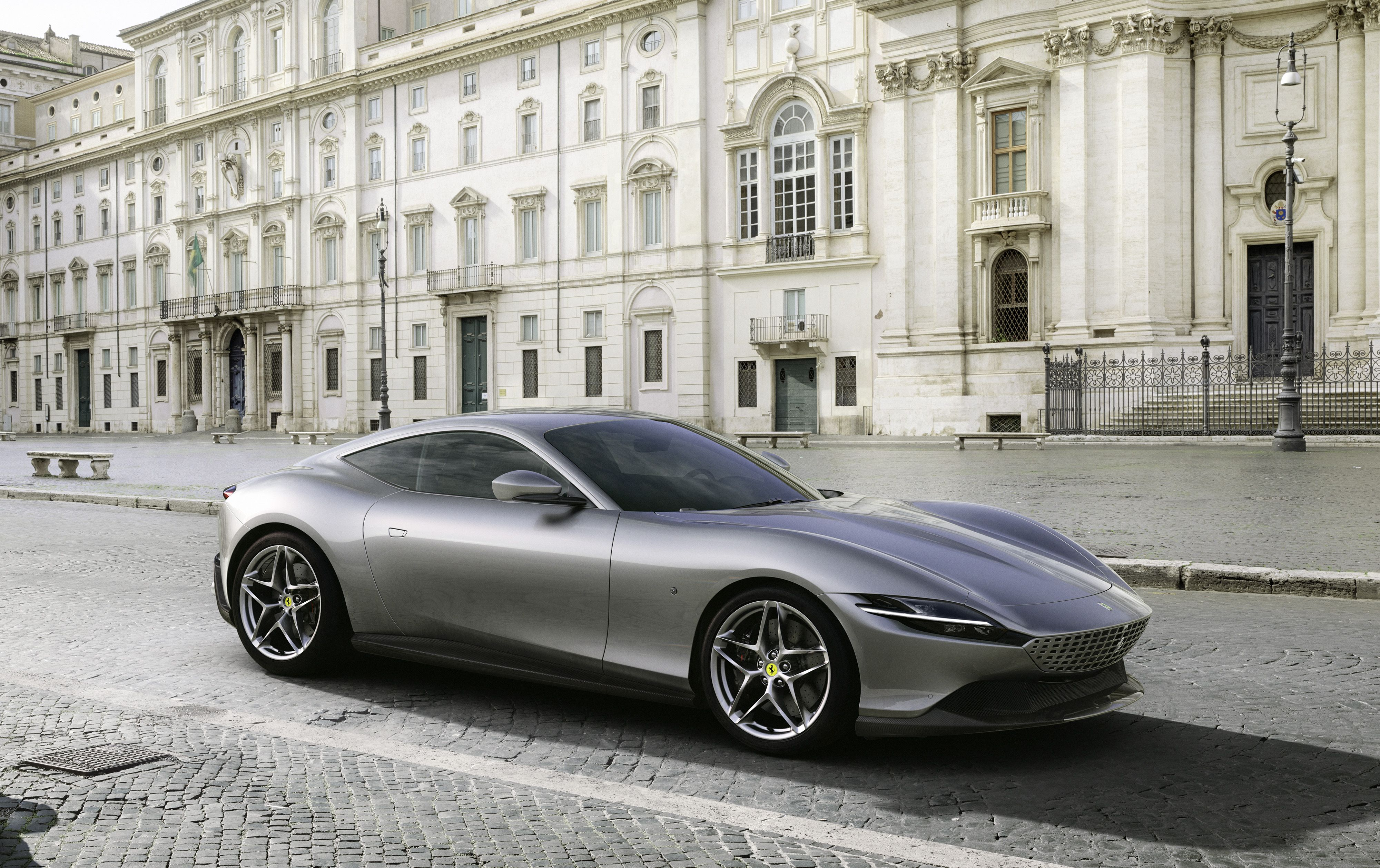 2020 Ferrari Roma 612,HP V,8 Coupe Revealed With Pics and Specs