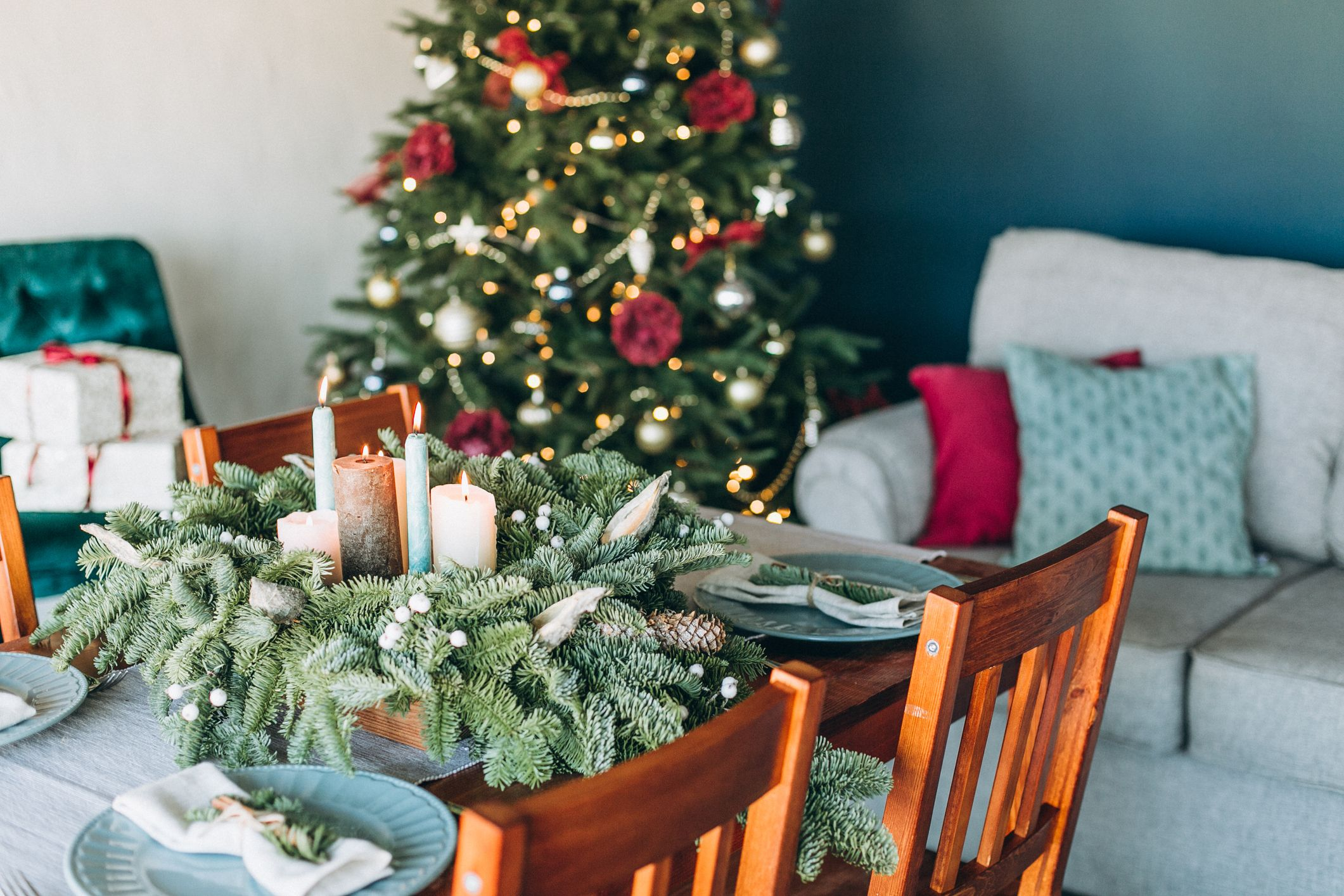 6 top tips to keep your Christmas foliage looking fresh
