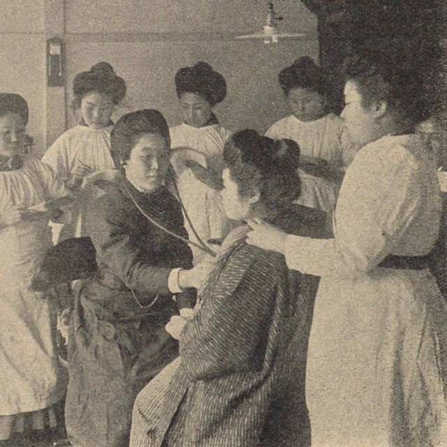 婦人画報 医療従事者 女性医師 東京女子医科大学