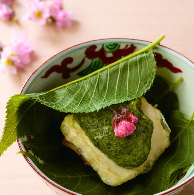 「鯛と豆腐の桜味噌田楽仕立て」懐石小室
