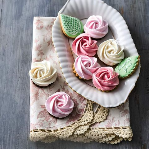 Pink, Rose, Garden roses, Flower, Textile, Hair accessory, Crochet, Plant, Cut flowers, Petal,