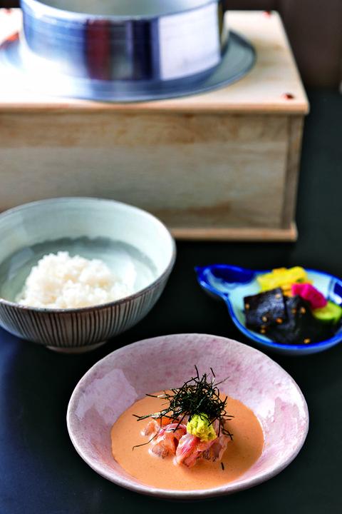 名物「鯛茶漬け」 赤坂 渡なべ