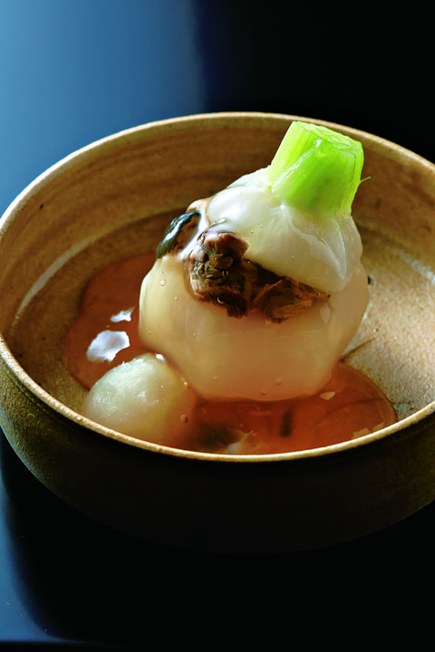すっぽんと蕪の煮物。日本料理 淡流