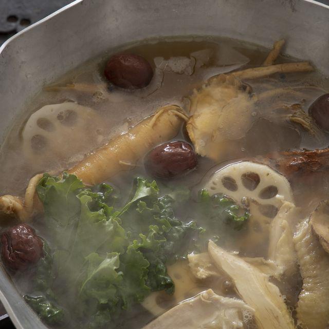 コウ静子さんの養生鍋「韓方ぺクス」のレシピ
