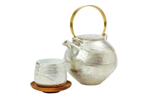 李荘窯(りそうがま)の本銀彩タタキ 土瓶(大)と凛仙茶碗