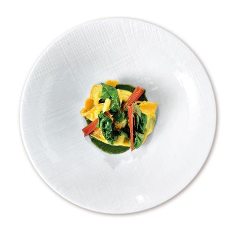 ピニェート「リコッタチーズとほうれん草のラビオリ セージクリームソース」