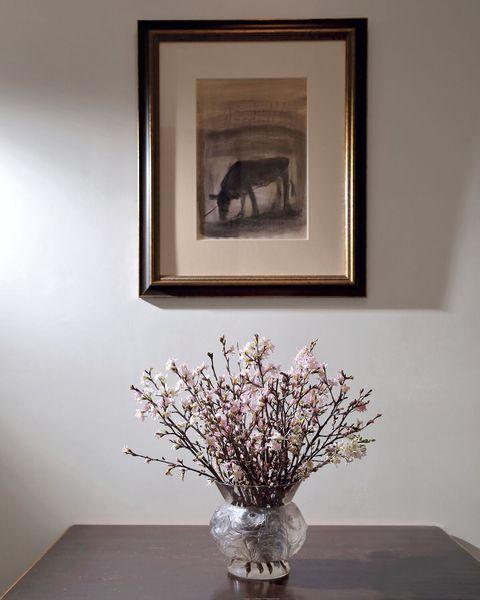 花をスパイラルに飾る方法