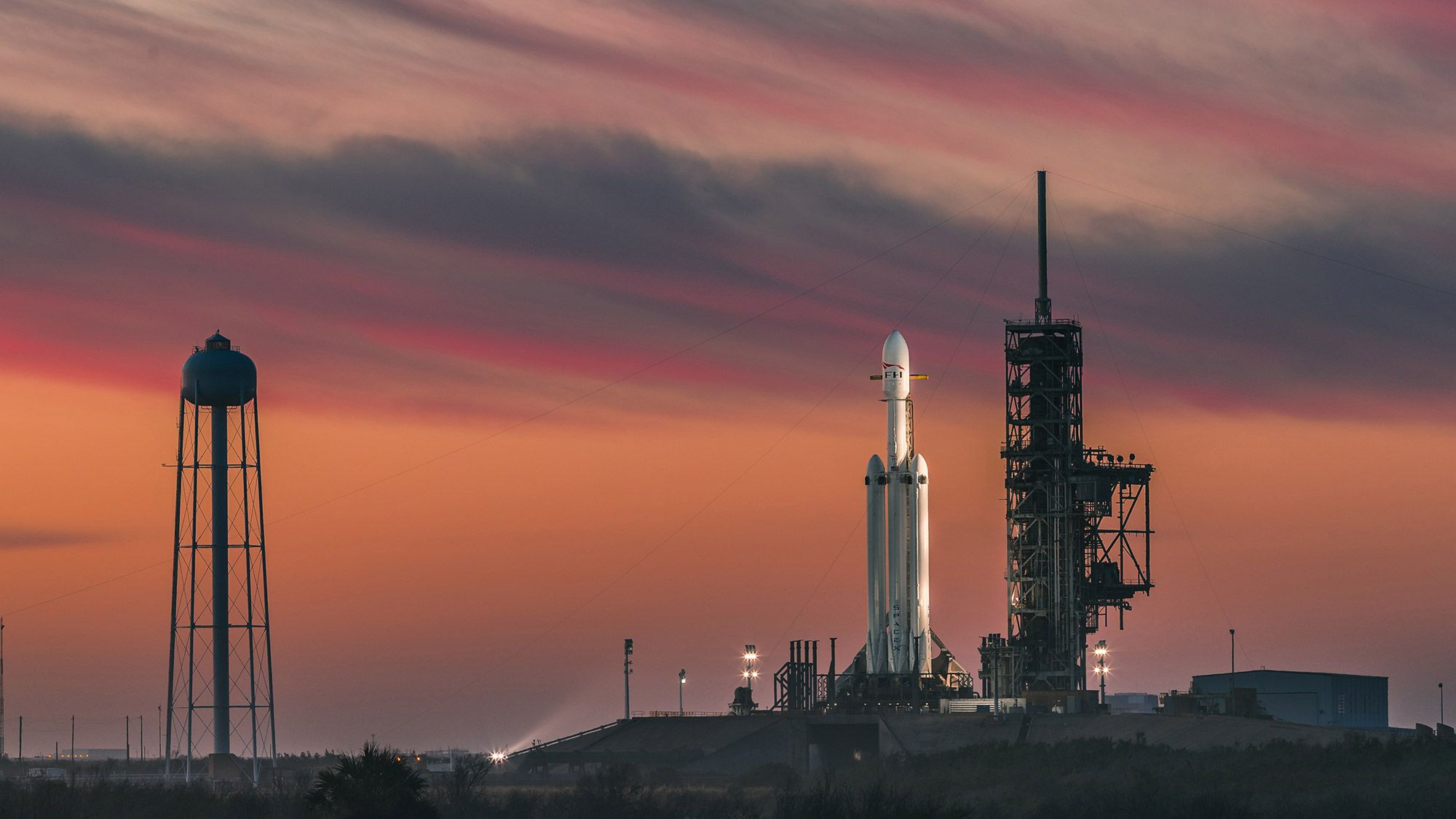 How to Watch SpaceX's Falcon Heavy Air Force Debut