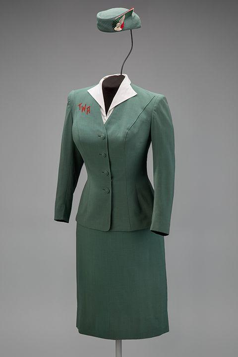 a history of airline uniform design