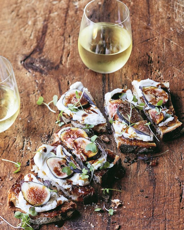 ina garten fig and cheese toasts