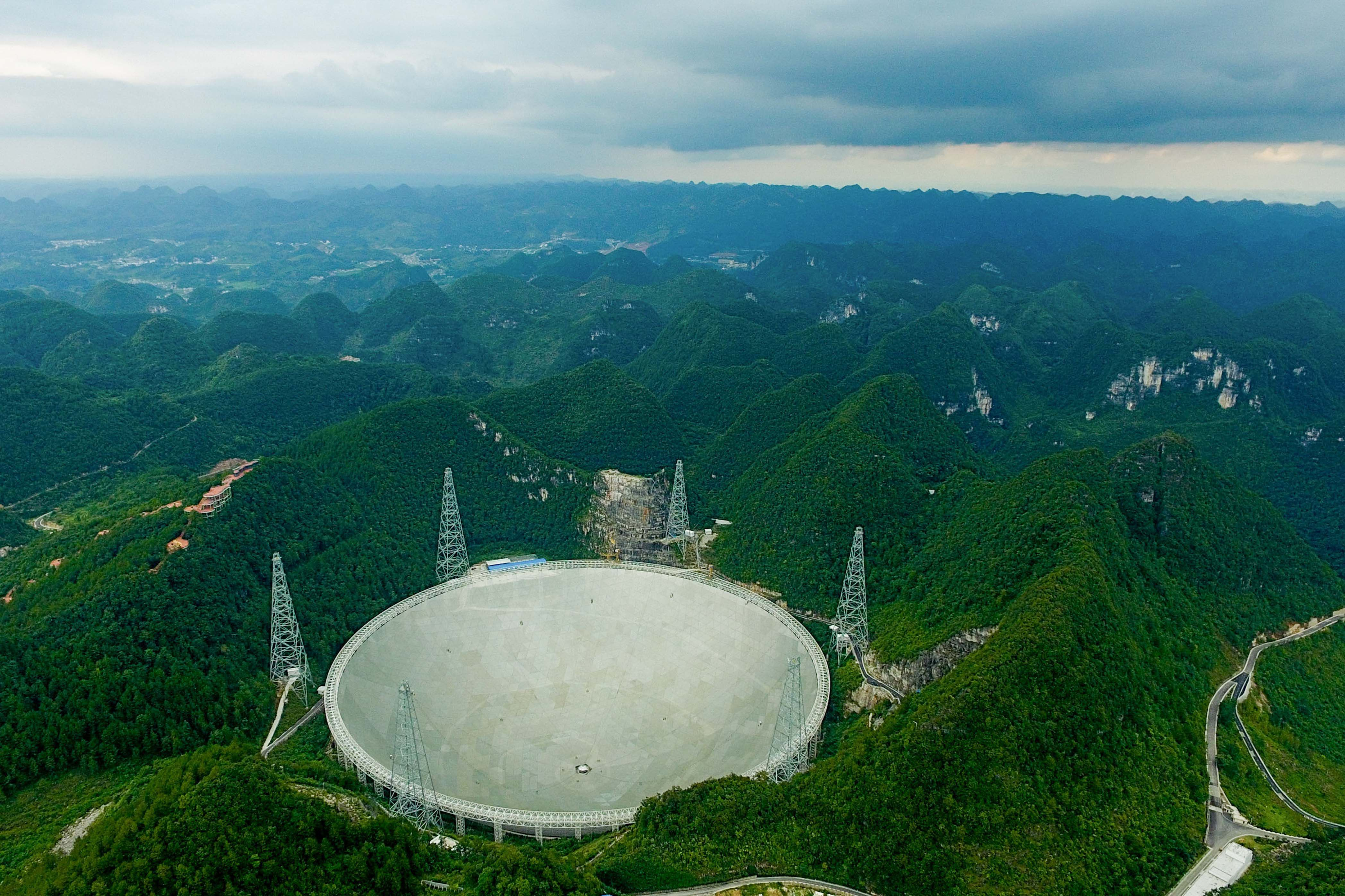 China's Enormous Radio Telescope Is Already Picking Up Mysterious Signals