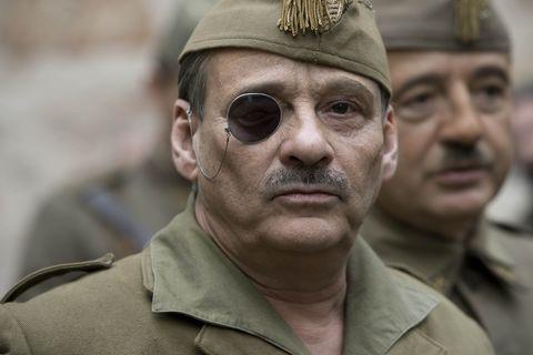 "Eduard Fernández en ""Mientras dure la guerra"""