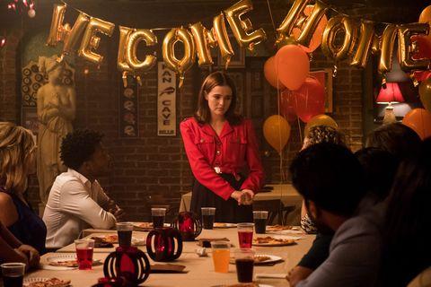 una chica en una fiesta de cumpleaños