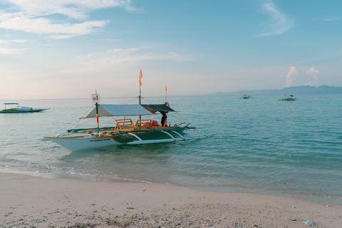 Sea, Sky, Beach, Ocean, Boat, Vehicle, Vacation, Tourism, Horizon, Coast,