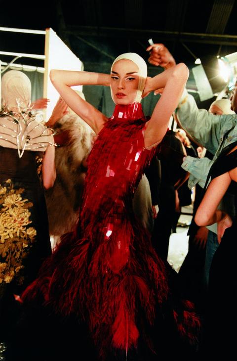 Dance, Performing arts, Fashion, Event, Dancer, Flamenco, Haute couture, Fashion design, Dancesport, Cosplay,