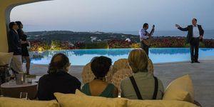 Villa Certosa in Loro, l'ultimo film di Paolo Sorrentino: tutto vero, tutto falso