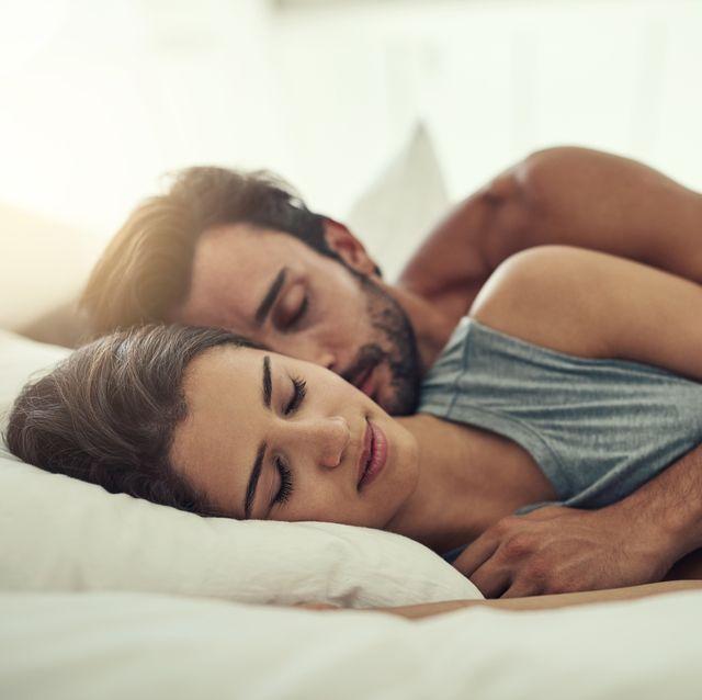 dormir en pareja mejora la calidad de nuestro sueño