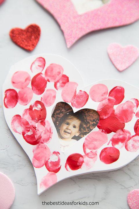 fingerprint heart mothers day craft from kids
