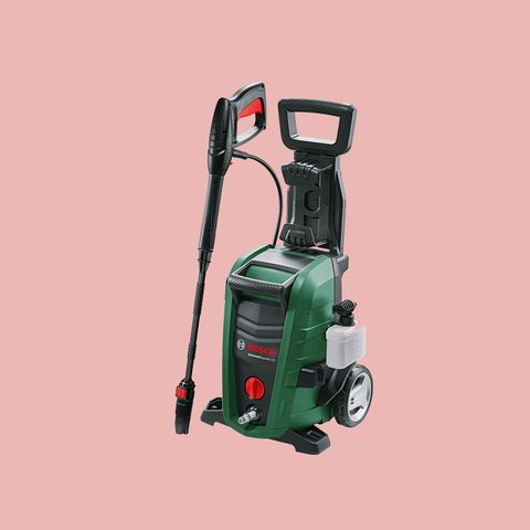 Walk-behind mower, Outdoor power equipment, Lawn mower, Vehicle, Tool, Power tool, Vacuum cleaner, Machine, Mower, Lawn aerator,