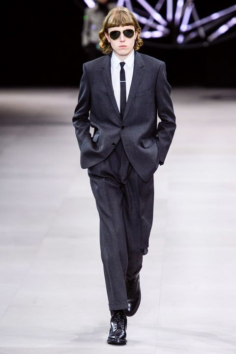 Suit, Fashion, Runway, Clothing, Fashion model, Fashion show, Formal wear, Outerwear, Human, Blazer,