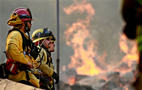 250,000 Evacuated In Southern California As Woolsey Fire Torches Over 80,000 Acres
