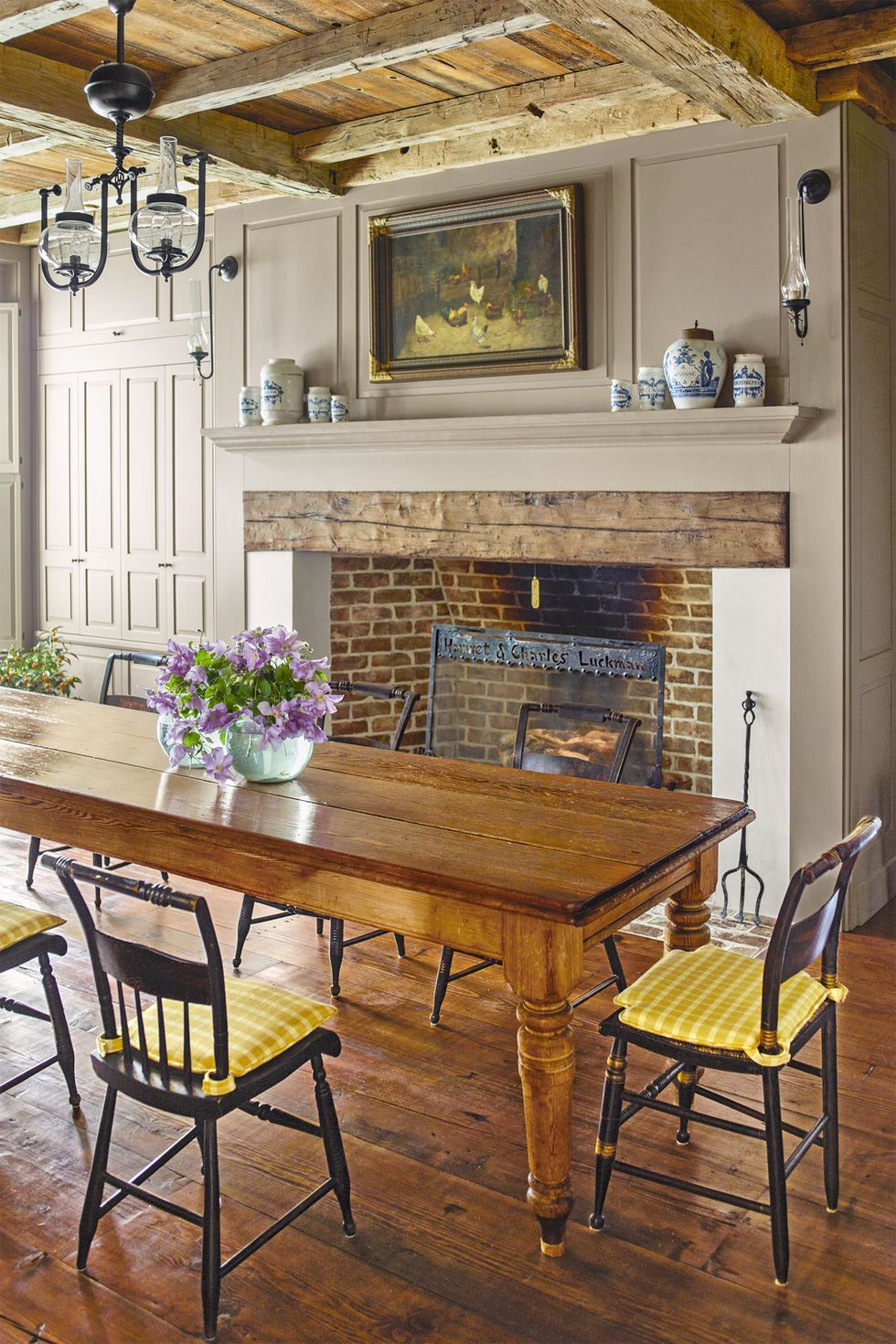 fireplace mantel ideas vases