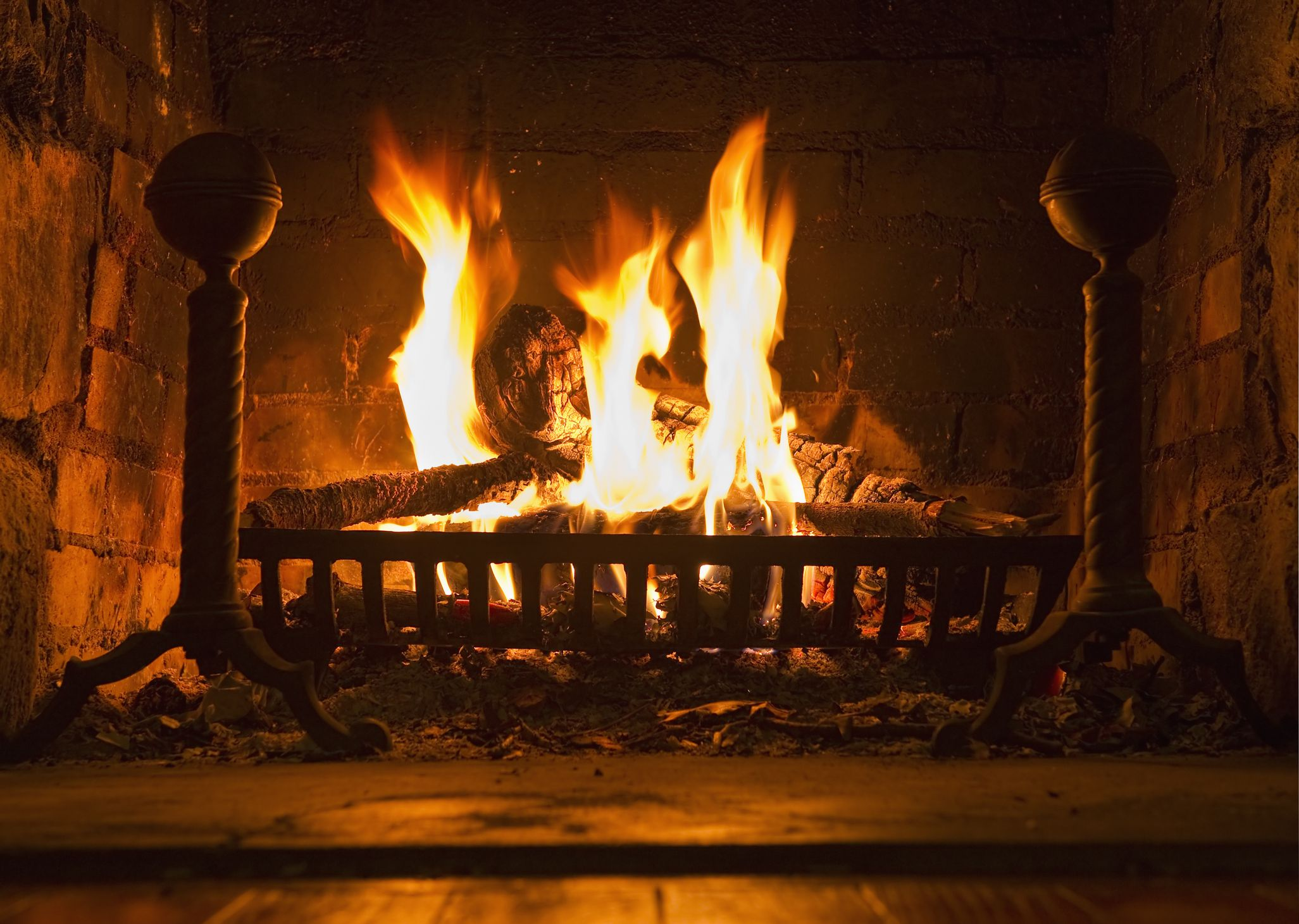 What to Know About Ventless Fireplaces