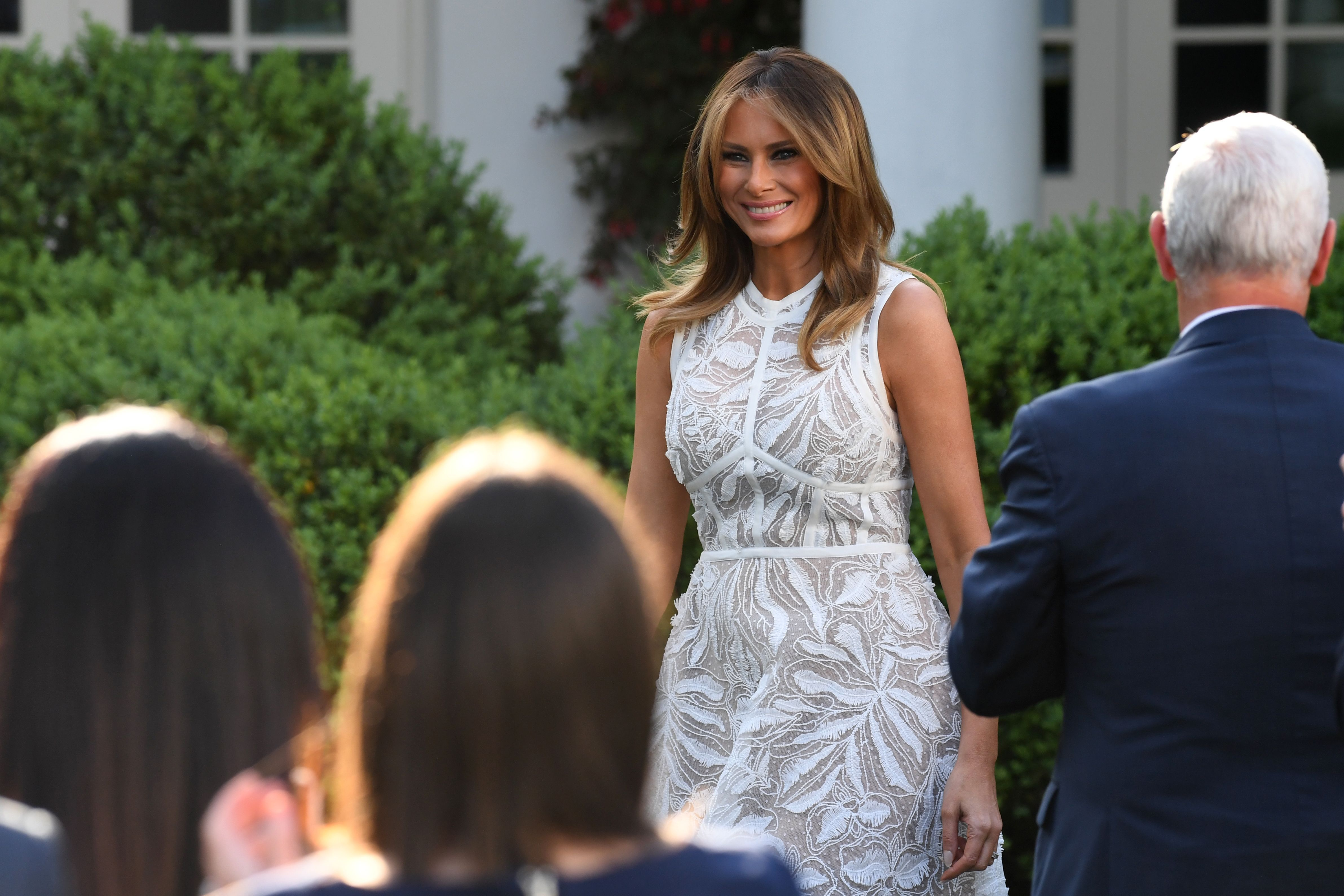 befe86200de Melania Trump Style as First Lady - Photos of Melania Trump Fashion