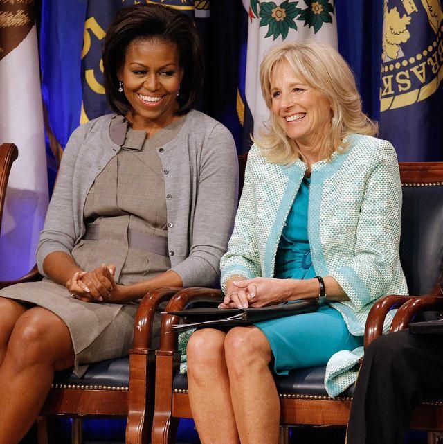 ミシェル・オバマ、ジル・バイデン蔑視の記事を巡り力強いコメントを投稿