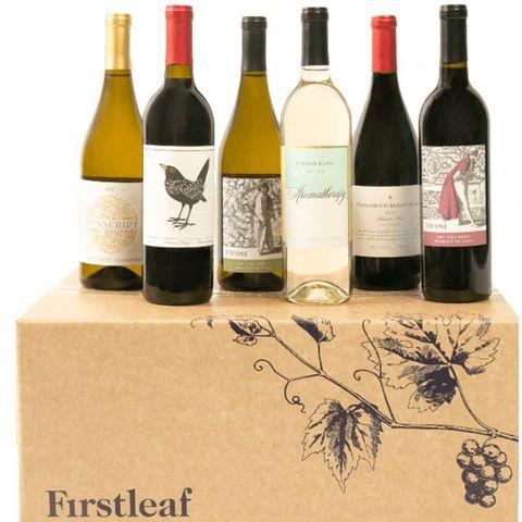 Bottle, Wine bottle, Glass bottle, Drink, Wine, Product, Alcoholic beverage, Alcohol, Label, Calligraphy,